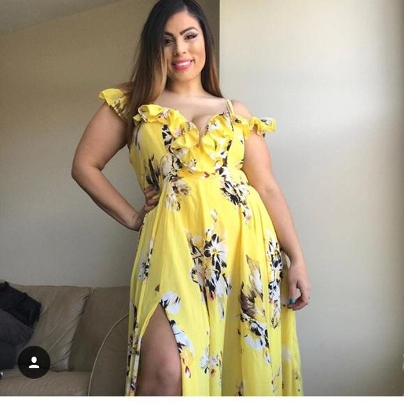 Fashion Nova Beauty Queen Maxi Dress: 29% Off Fashion Nova Dresses & Skirts